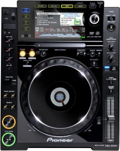 PIONEER CDJ2000 X 2 KOM
